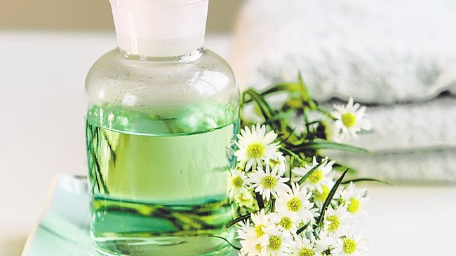 825024-bs-essential-oils